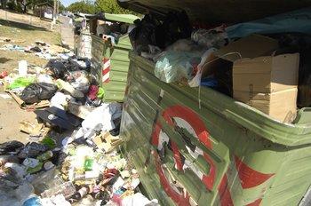 """""""No van a quedar contenedores en los espacios públicos porque entendemos que son una fuente de problemas de limpieza a su alrededor"""", dijo el director de Limpieza, Ignacio Lorenzo"""