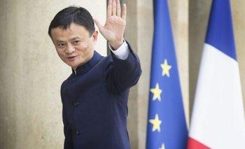 Francia, París. El fundador de Alibaba, Jack Ma, se reúne en el Palacio del Eliseo con el presidente Hollande.