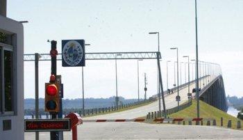 Puente Internacional Libertador General San Martín (Fray Bentos - Gualeguaychú)