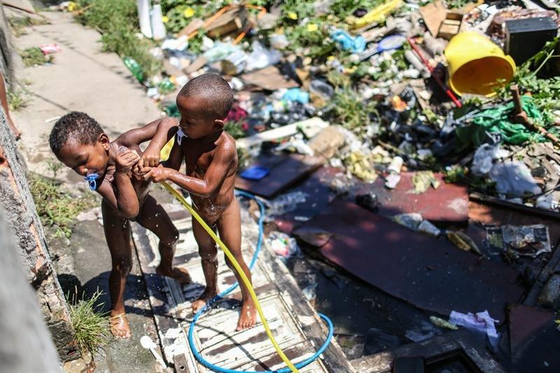Brasil: Crece la pobreza y registra a 54,8 millones de brasileños