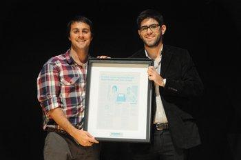 Los ganadores y socios de AccesoFácil Álvaro Pérez y Juan Pablo Conde