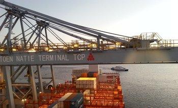 El puerto siente los efectos de medida argentina