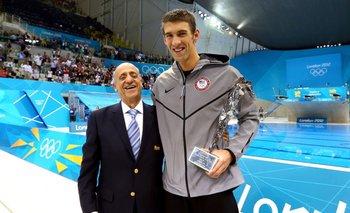 Maglione junto a Phelps
