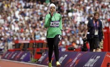 Sarah Attar (800 metros), la primera mujer saudí en competir en unos Juegos Olímpicos, en Londres 2012