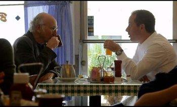 Larry David con Jerry Seinfeld, la dupla creativa de su exitosa sitcom
