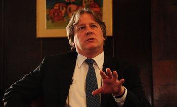 El exministro Fernando Lorenzo lamentó que la política de combustibles ocupe buena parte de la agenda en esa materia.