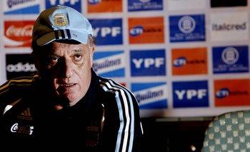 El técnico Alfio Basile
