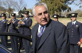 Ministro de Defensa, Luis Rosadilla