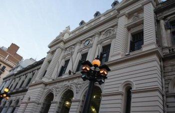 Edificio de la Facultad de Derecho, donde se ubica el Rectorado de la Udelar