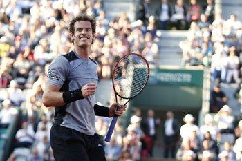 Andy Murray festeja su pasaje a semifinales