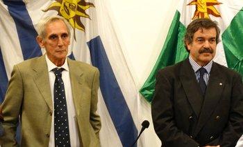 Fernando Dighiero y Carlos María Uriarte en el acto de cambio de mando<br>