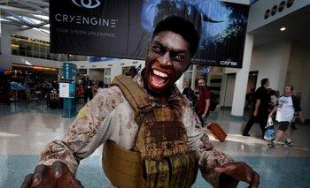<b>Zombies.</b> De los personajes que más se repitieron en los pasillos del centro de convenciones de Los Ángeles estuvieron los muertos vivientes de la serie <i>The Walking Dead</i>, que presentó su juego más reciente de la mano de la empresa Telltale Games
