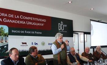 De Mattos, Costa, Aguerre, Roel, Stanham y Arroyo durante el anuncio de los resultados<br>