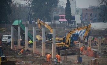 La construcción  ocupa en la actualidad a unas 45 mil personas en obra. (Foto archivo)