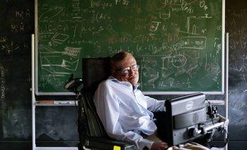 Hawking es de los pocos pacientes que superó el tiempo de supervivencia estimado