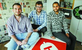 Manuel Gros, Justin Graside y Joaquín Mautone en la oficina de StrateDo en Ciudad Vieja<br>