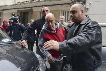 Amodio Pérez llegó este lunes al juzgado acompañado por sus custodios<br>