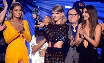 Taylor Swift premiada en la categoría Video del Año