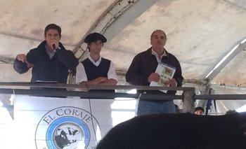 Alejandro Zambrano, Pablo Bove Itzaina e Ignacio Aramburu en el remate<br>