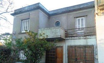 Frente de la propiedad a subastarse en el barrio Prado<br>