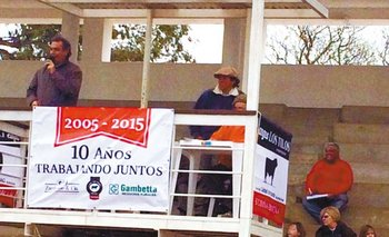 Remate a cargo de Zambrano & Cía y Oscar Gambetta