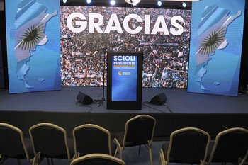 View of the already void stage at presidential candidate Daniel Scioli