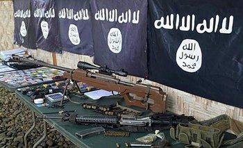 <div>Armas y banderas del Estado Islámico</div><div></div>