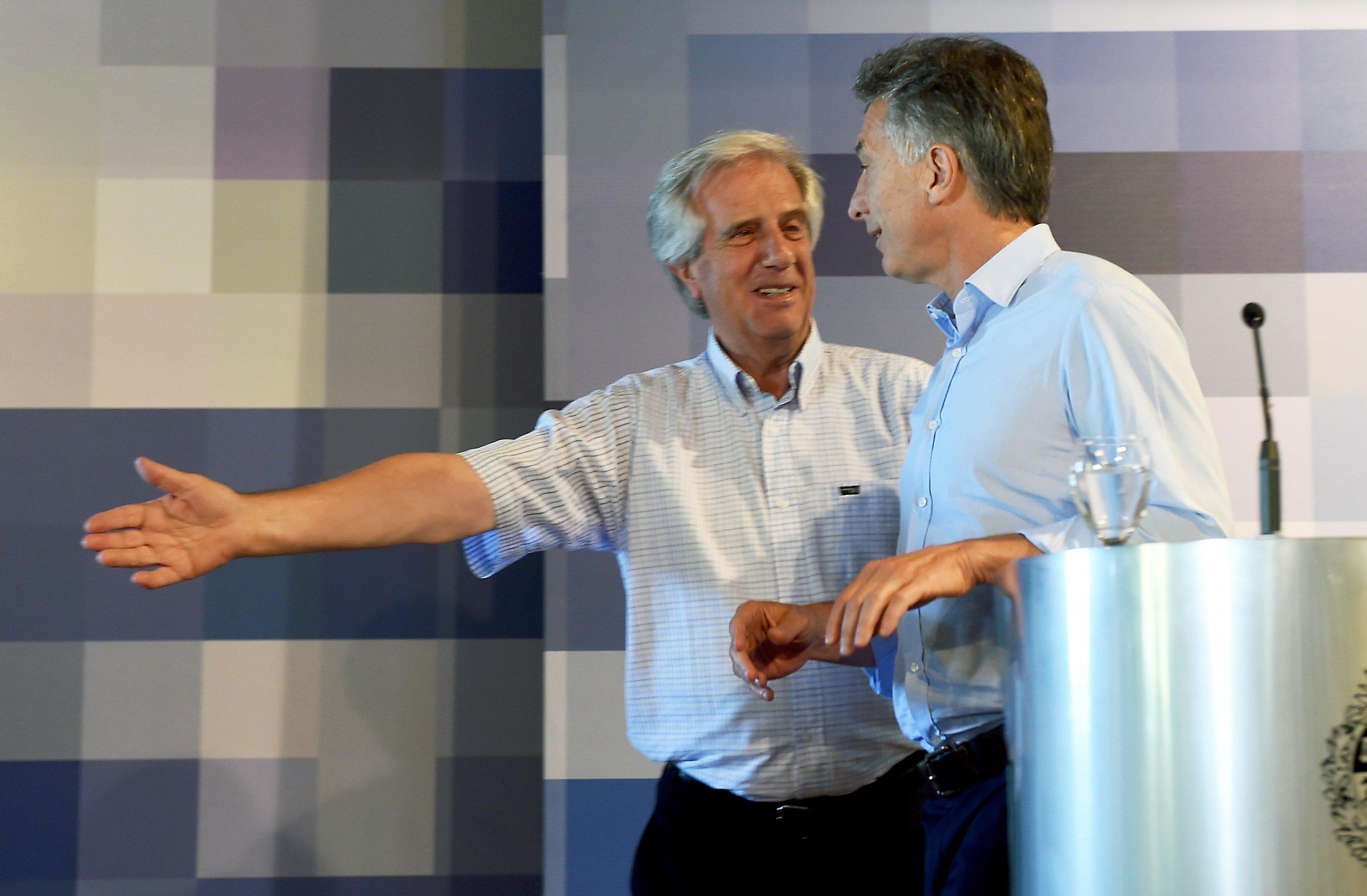 Tabaré Vázquez y Mauricio Macri se reunirán en Anchorena el miércoles 13