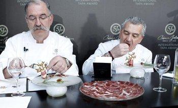 España- El chef Pedro Subijana y el maestro repostero Paco Torreblanca prueban las creaciones del concurso de tapas