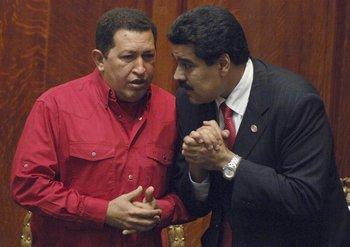 Chávez y su vicepresidente Nicolás Maduro, en una foto de archivo en la que todavía era el canciller