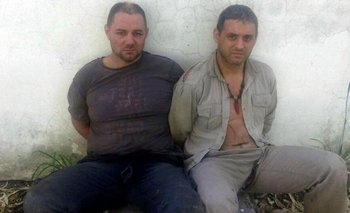 Christian Lanatta y Víctor Schillaci tras ser capturados ayer