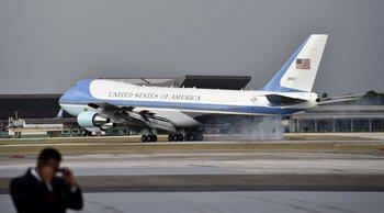 El Air Force 1 al momento del aterrizaje.<br>