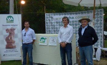 Joaquín Abelenda, José Luis Bado y Walter Hugo Abelenda en el remate