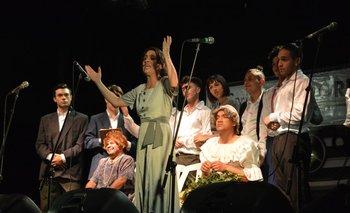 Zíngaros durante su parodia<i> Juana de Ibarbourou</i><br>