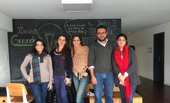 Cecilia Tula, Gabriela Mengod, Majo Spitalnik, Diego Herrera y Karolina Arrieta<br>