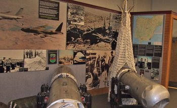 Dos de las bombas de Palomares en el National Atomic Museum de Albuquerque, Nuevo México.