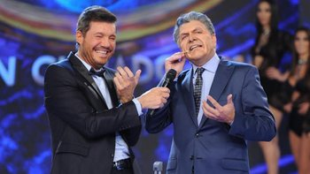Marcelo Tinelli y el comediante Freddy Villareal imitando al presidente Mauricio Macri