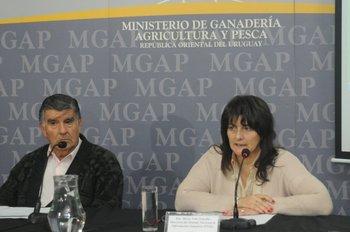 Francisco Muzio y María Nela González en conferencia de prensa realizada en el MGAP este miércoles