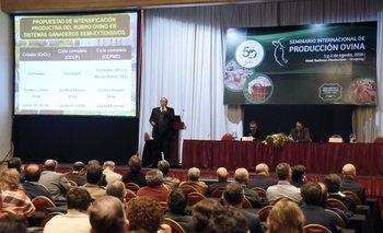 Fabio Montossi dictó la primera conferencia del seminario ovino<br>