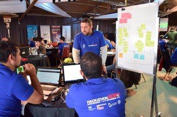 Durante los dos días, los equipos trabajaron en la Expo Prado