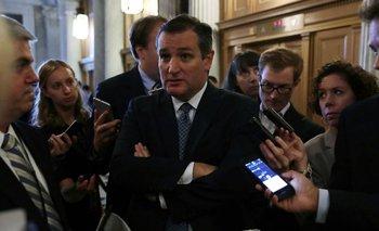 El republicano Ted Cruz, que fue precandidato a la presidencia, votó contra el veto de Obama