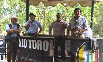 Enrique y Diego Albanell con los directores de MegaAgro, José Aicardi y Juan Miguel Otegui<br>