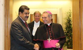 Maduro también fue recibido presbíterio italiano Guido Marin