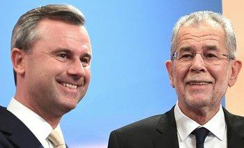 <div>El candidato austríaco de extrema derecha Norbert Hofer y su rival Alexander Van der Bellen</div>