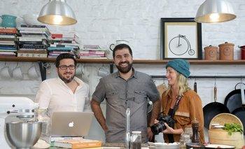 "<div><b>Claudio Lombardo, Álvaro Kemper y Florencia Curcio</b></div><div><br></div><div><br></div><div><br></div><span style=""color: rgb(0, 0, 0); font-family: Roboto, sans-serif; font-size: 17.6px;""><div><span style=""color: rgb(0, 0, 0); font-family: Roboto, sans-serif; font-size: 17.6px;""><br></span></div><br></span>"
