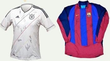 Se subastarán varias camisetas, entre ellas una de la selección alemana y otra del FC Barcelona<br>