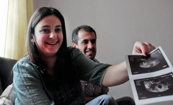 Karina y Eduardo fueron los primeros en lograr un embarazo a través de los tratamientos financiados por el FNR. Son padres de Valentino, que nació en marzo de 2016.