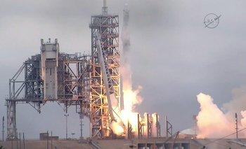 El SpaceX Falcon 9 rocket sale de Cabo Cañaveral el pasado 19 de febrero