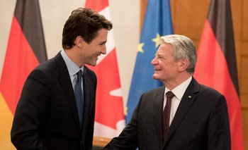 El primer ministro canadiense Justin Trudeau y el presidente alemán, Joachim Gauck