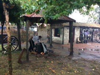 Cocinando en un racho típico de la Patria Gaucha.